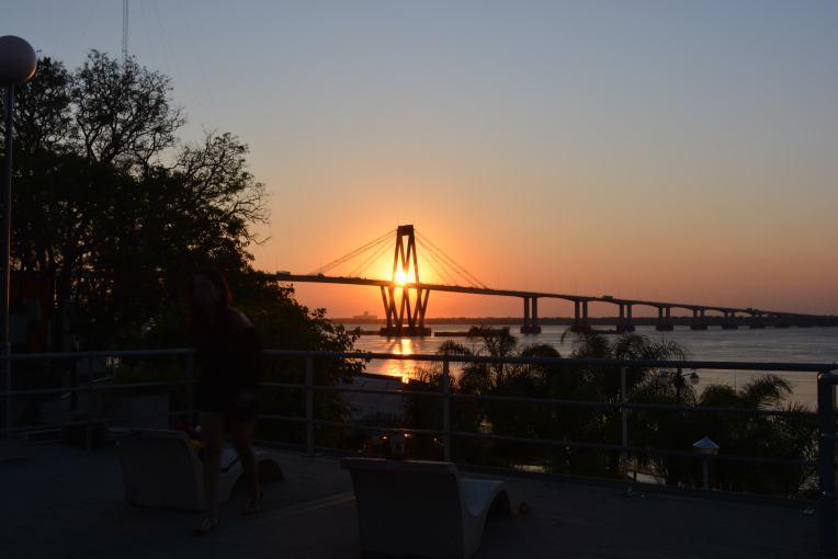 Ponte sobre o rio Paraná, que liga Corrientes à província do Chaco.